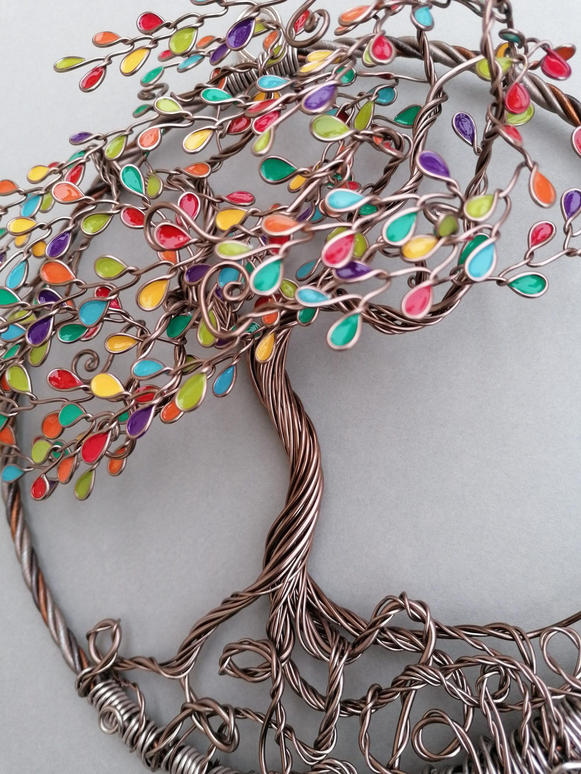 Relief 20cm – Feuilles multicolores – Marron clair