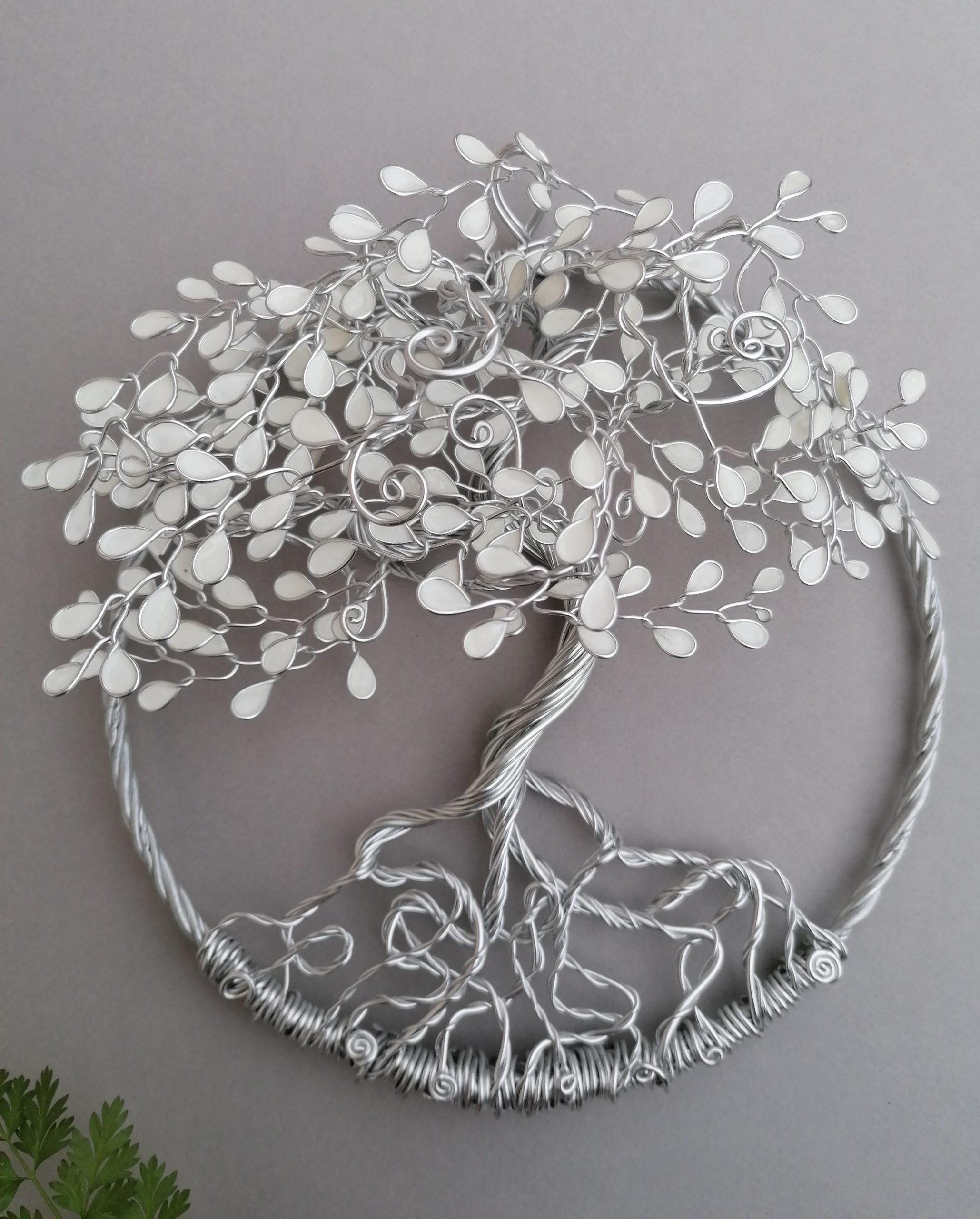 Relief 20cm – Feuilles blanches – Argenté