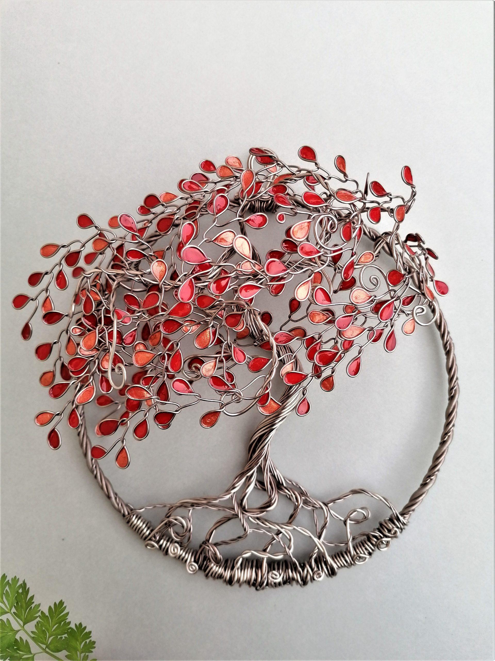 Relief 20cm – Feuilles camaïeu de rouge – Marron clair