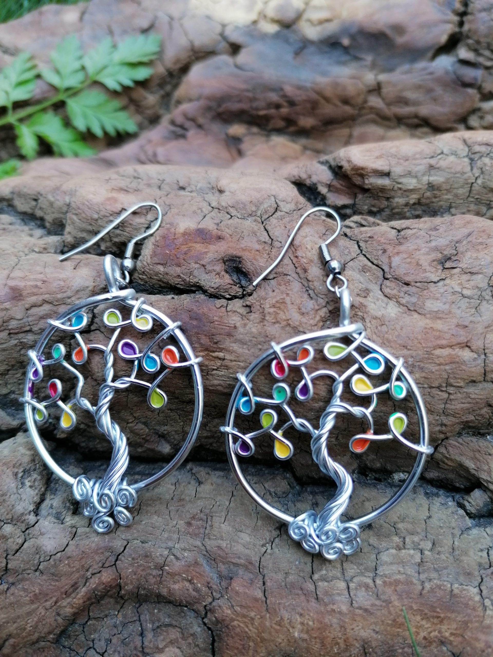 Boucles d'oreilles – Feuilles multicolores – Fil Argenté