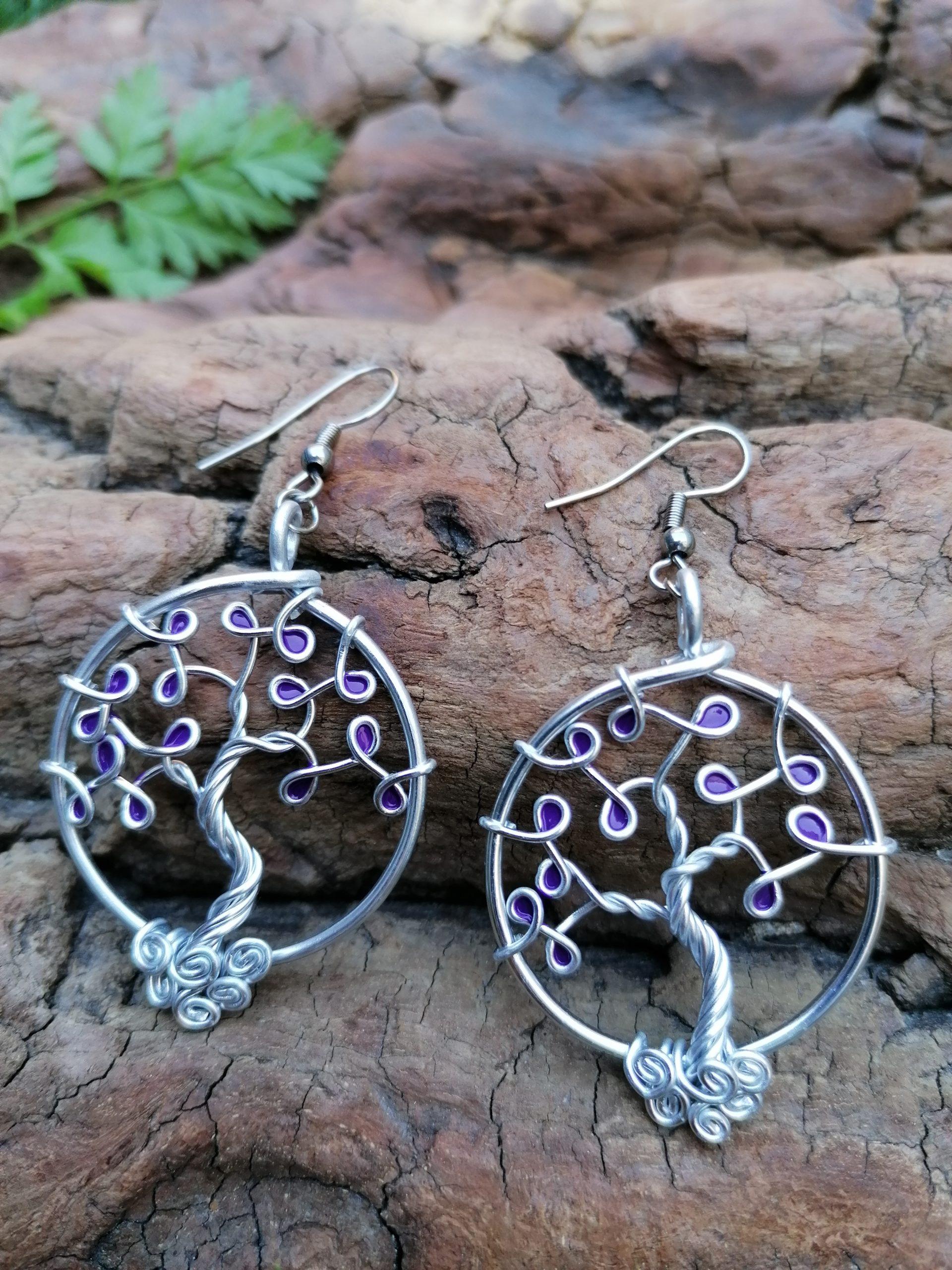 Boucles d'oreilles – Feuilles violettes – Fil Argenté