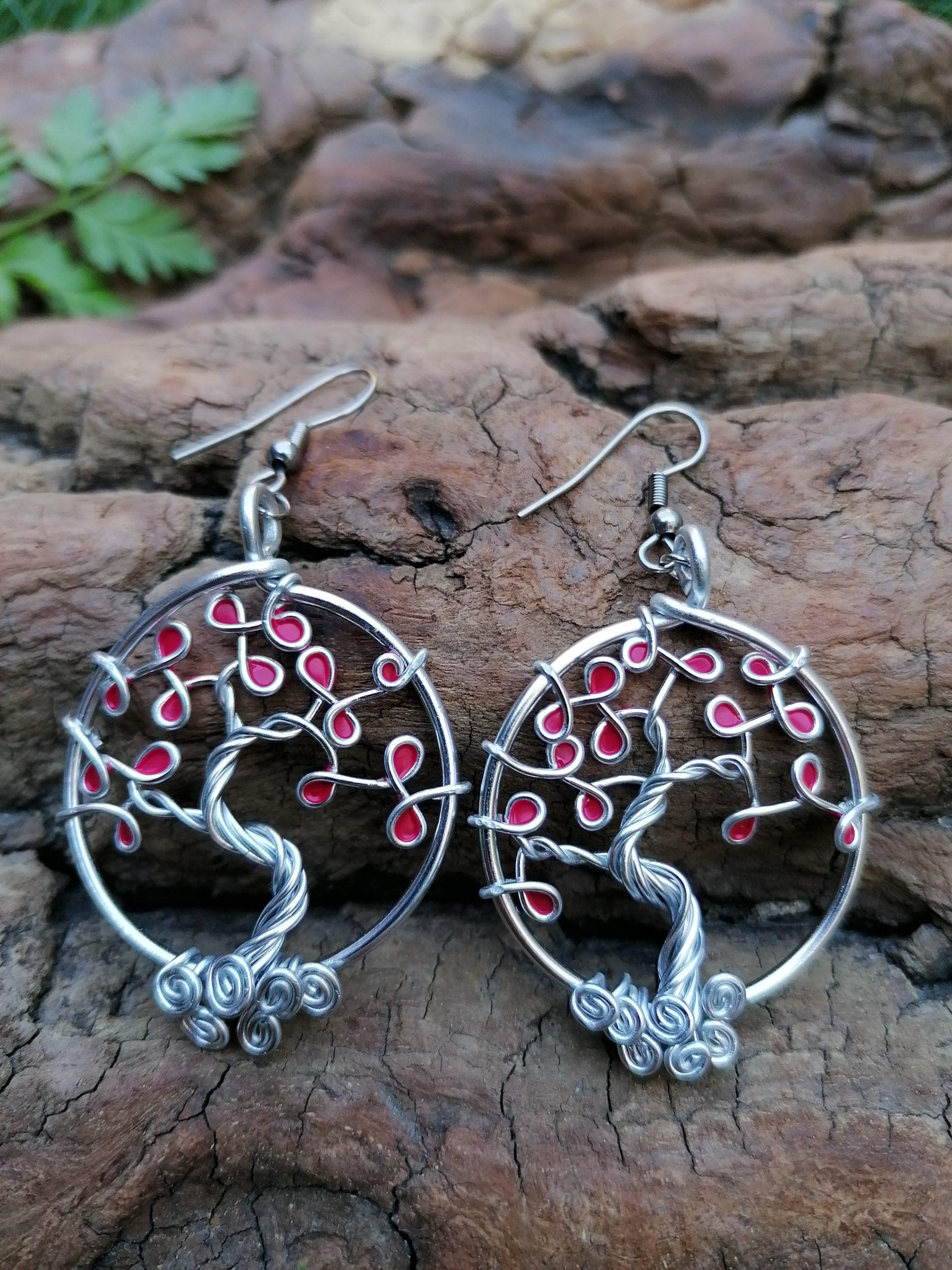 Boucles d'oreilles – Feuilles roses fuschias – Fil Argenté