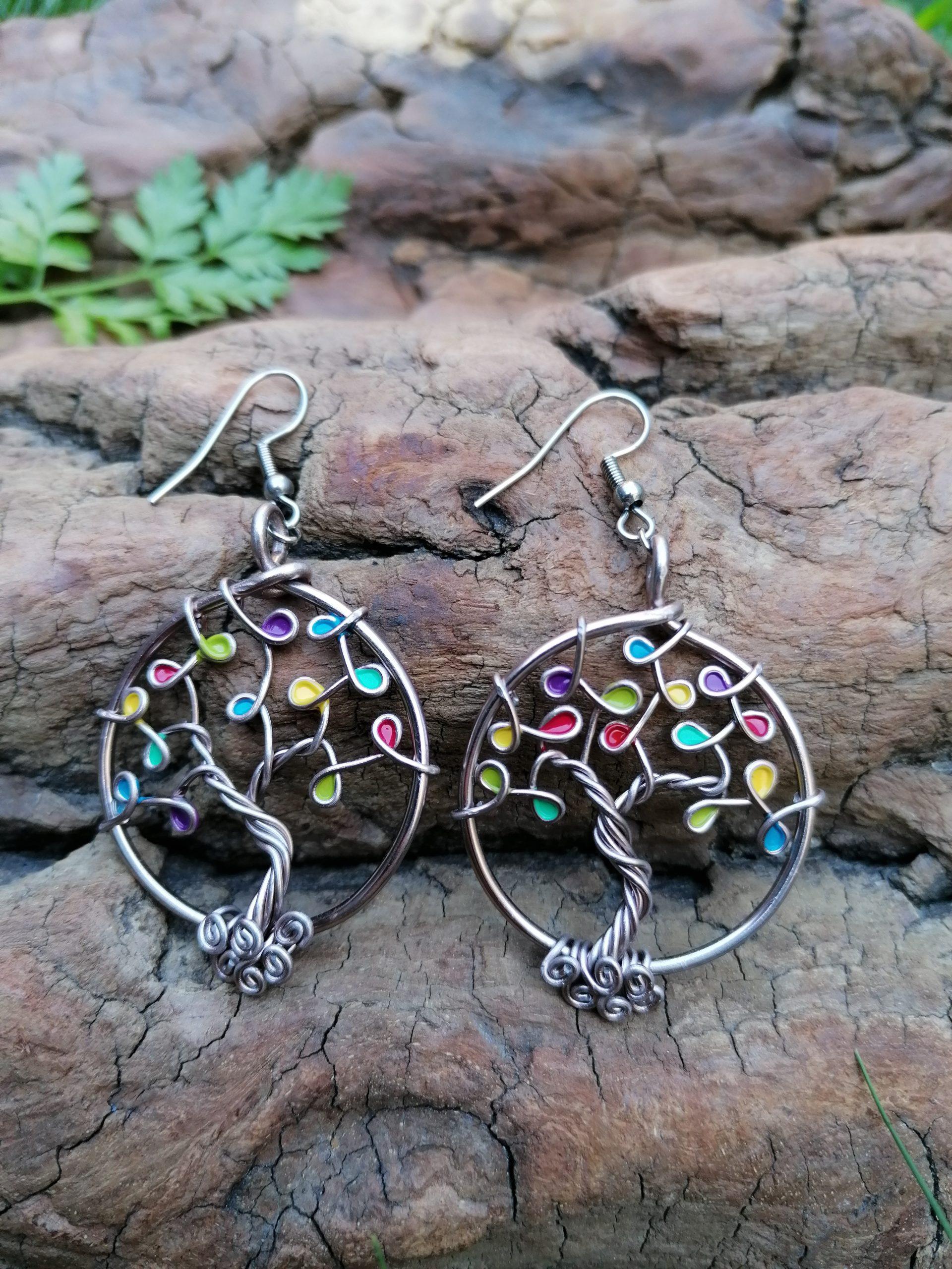 Boucles d'oreilles – Feuilles multicolores – Fil Marron clair