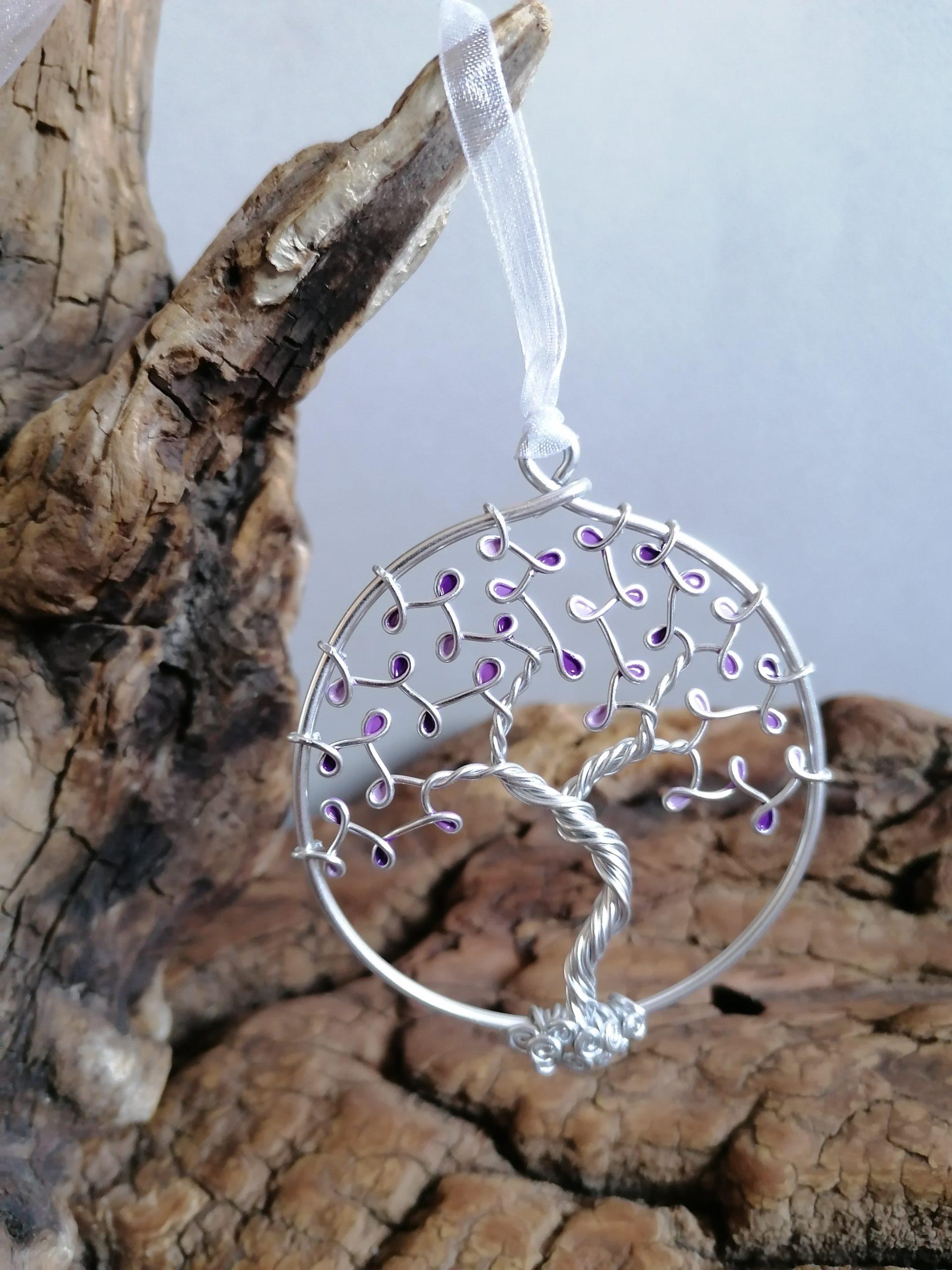 Suspension Arbre de Vie – Fil Argenté – Feuilles violettes (camaïeu)