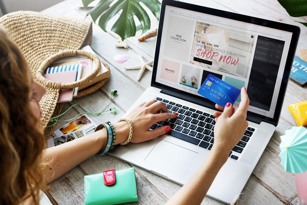 Shopping en ligne : restez connectés !